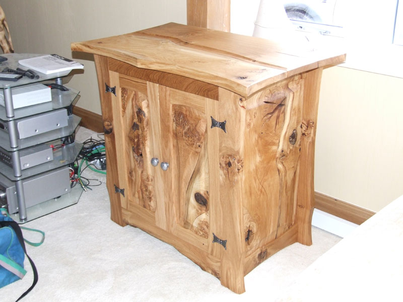 Charming Handmade Furniture, Crafted Wood Furniture, Custom Made Furniture, Contemporary  Hardwood Furniture